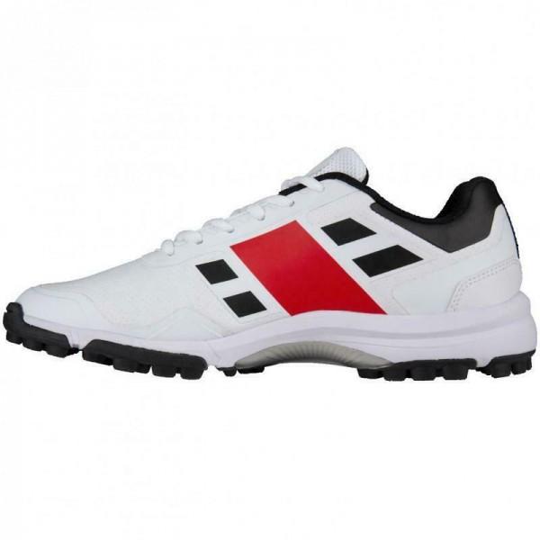 Gray Nicolls Velocity 3.0 Rubber Junior Cricket Shoes